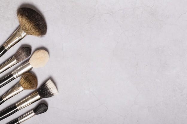 como limpiar los pinceles y brochas de maquillaje